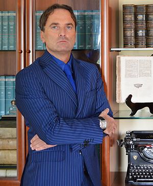 https://www.cdbavvocati.com/wp-content/uploads/2020/11/Francesco-Noto-1.jpg